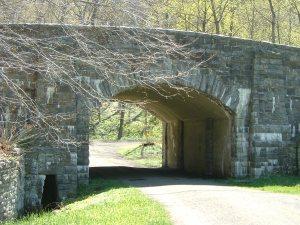 Sleepy Hollow Road Bridge, looking east